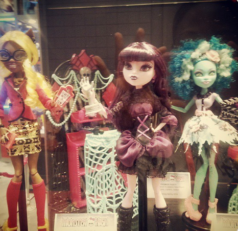 Monster High Frights, Camera, Action ! Clawdia Wolf, Elissabat, Honey Swamp