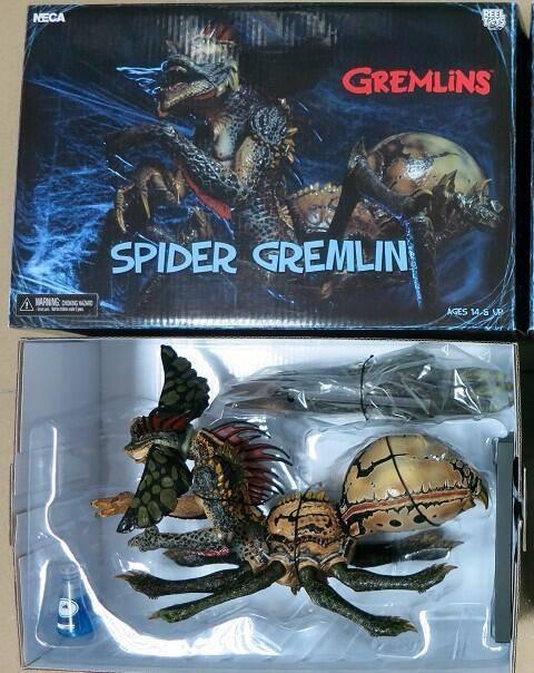 neca gremlins spider