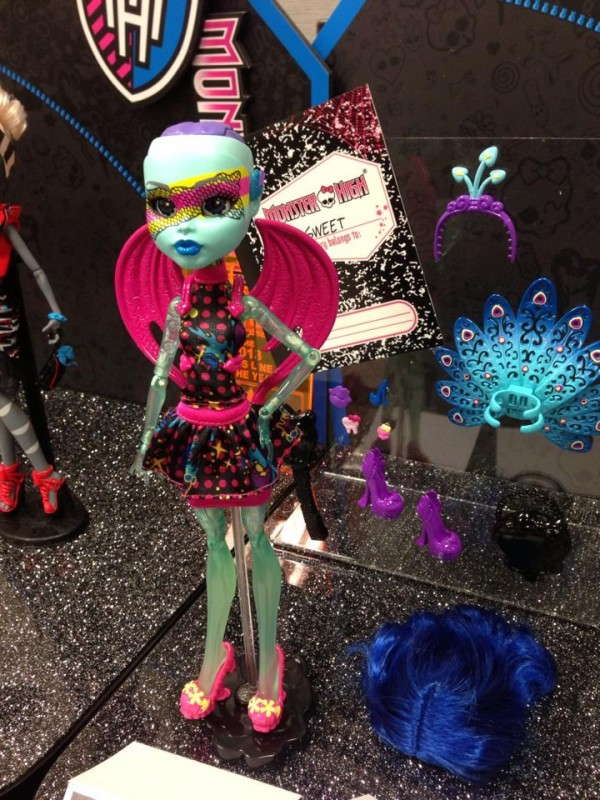 Inner_Monster_ToyFair_bleue_grande