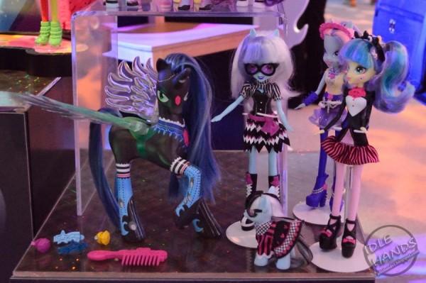 Toy+Fair+2014+Hasbro+My+Little+Pony+015a