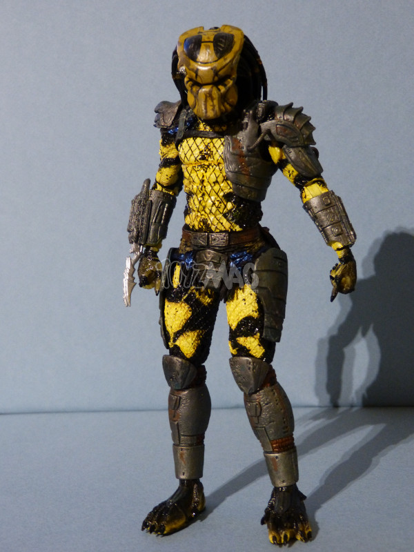 neca wasp predator 5