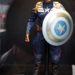 Expo à Pékin : Hot Toys tease un nouveau Captain America