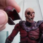 Marvel Select : sous le casque de Magneto Zombie