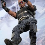 hot toys winter soldier cap falcon 10