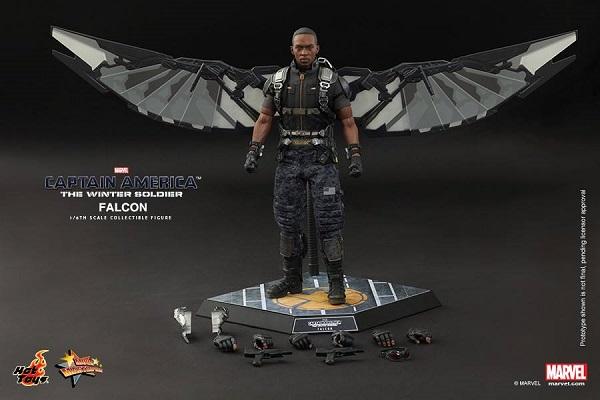 hot toys winter soldier cap falcon 18