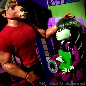 Monster High SDCC2014 Manny Taur & Iris Clops  2-Pack
