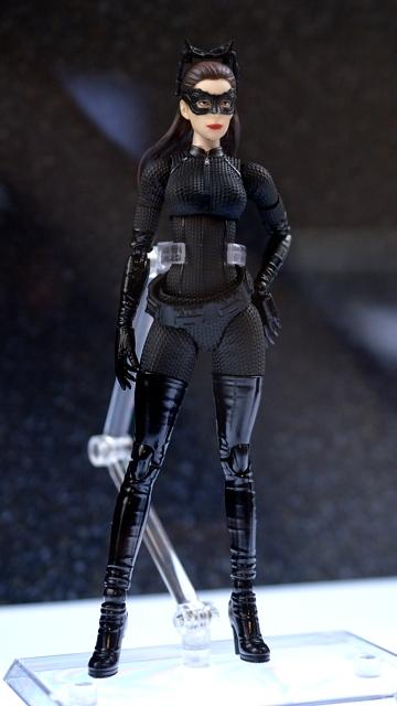 Medicom-The-Dark-Knight-Rises-Catwoman
