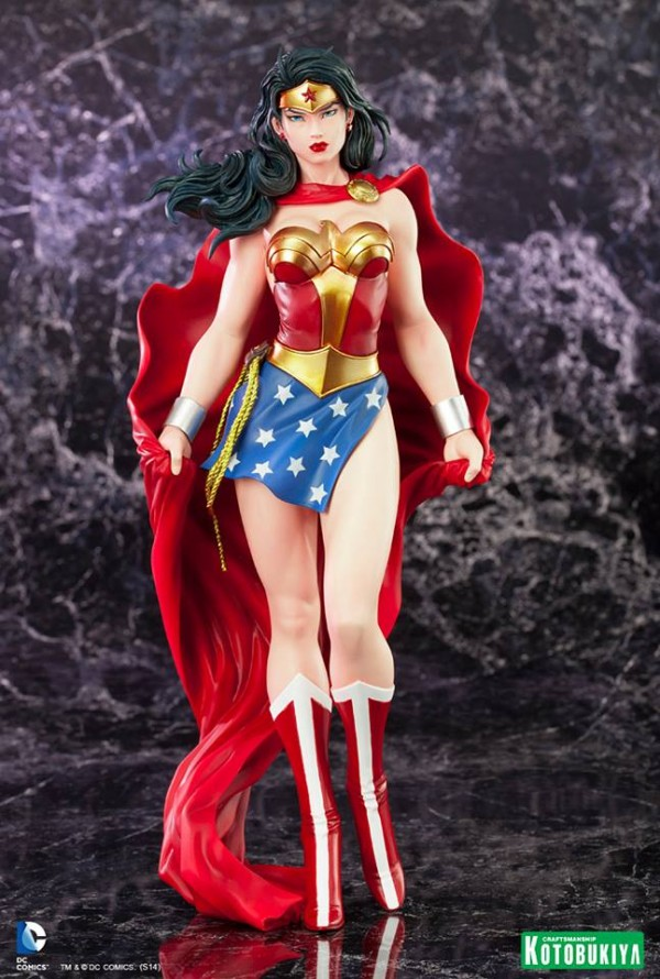 DC Comics Wonder Woman ARTFX Statue
