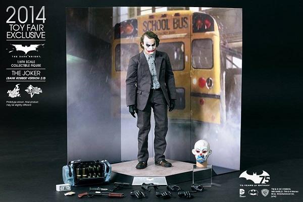 joker tdk hot toys exclu 7