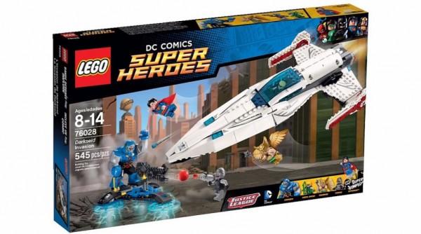 LEGO-DC-Super-Heroes-Darkseid-invasion-76028