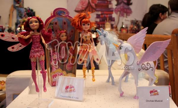 Mia and / et Moi - Onchao jouets Mattel noel 2014