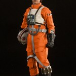 luke-skywalker-red-five-x-wing-pilot-005