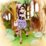 Duchesse Swan la nouvelle poupée Ever After High