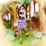 Duchesse Swan la nouvelle poupée Ever After High
