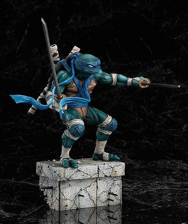 Leonardo_Statue_GoodSmile_04