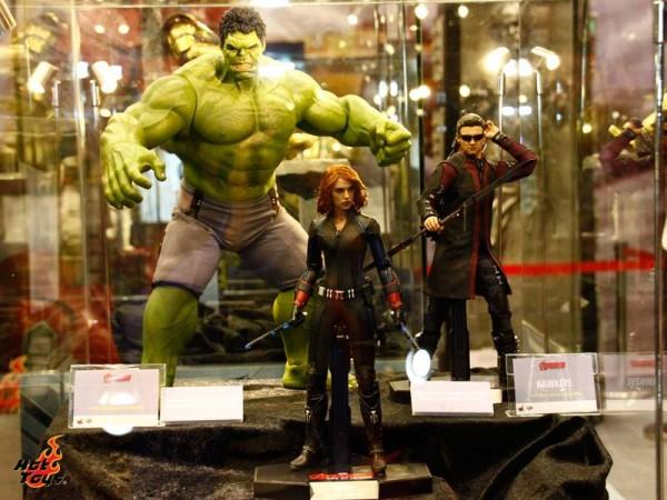 avengers hot toys age of ulttonjpg