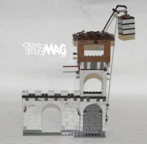 mega_bloks_fortress_attack_002