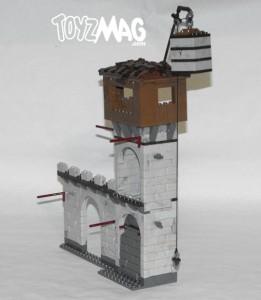 mega_bloks_fortress_attack_003