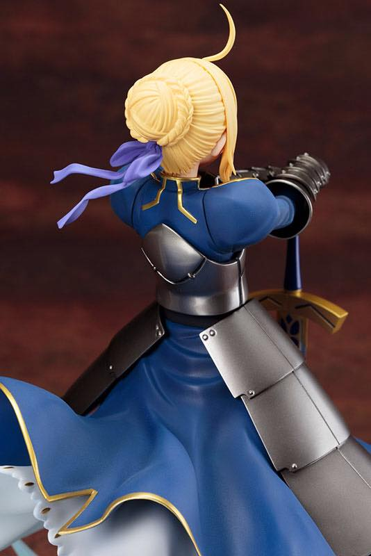 Fate/stay night [Unlimited Blade Works] - Kishiou Saber 1/7 par Kotobukiya.