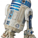 Mafex-C-3PO-and-R2-D2-011