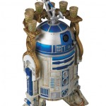 Mafex-C-3PO-and-R2-D2-014