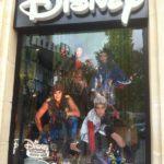 Dispo en France : Disney Descendants,  Star Wars, Marvel Legends etc…