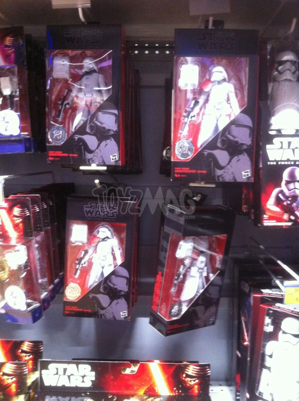 Star Wars : Snowtrooper Officer exclu TRU dispo en France