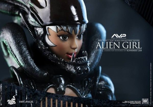 alien-girl-hot-toys0