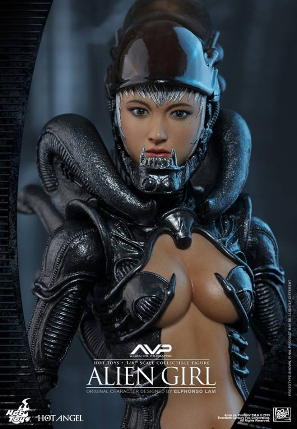 alien-girl-hot-toys2