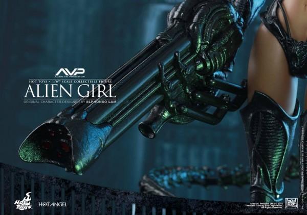 alien-girl-hot-toys6