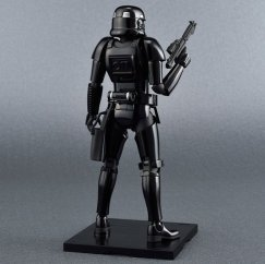Bandai-Star-Wars-Model-Kit-Shadow-Trooper-Promo3