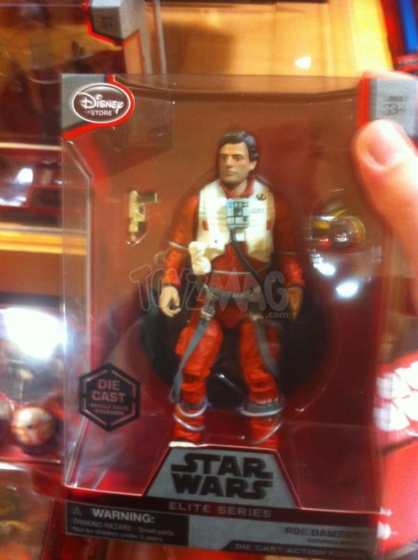 Figurine miniature Poe Dameron de 15 cm, de la série Elite de Star Wars, disponible sur le DisneyStore.fr au prix de 24,90€- VOIR ICI