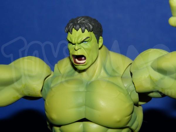 SH-figuarts-avengers2-hulk-16