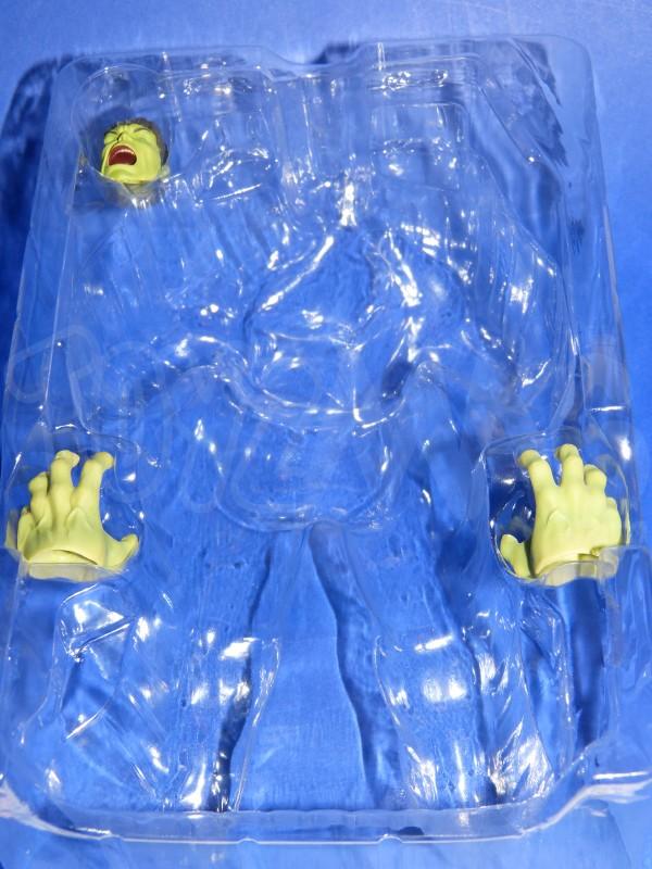 SH-figuarts-avengers2-hulk-4