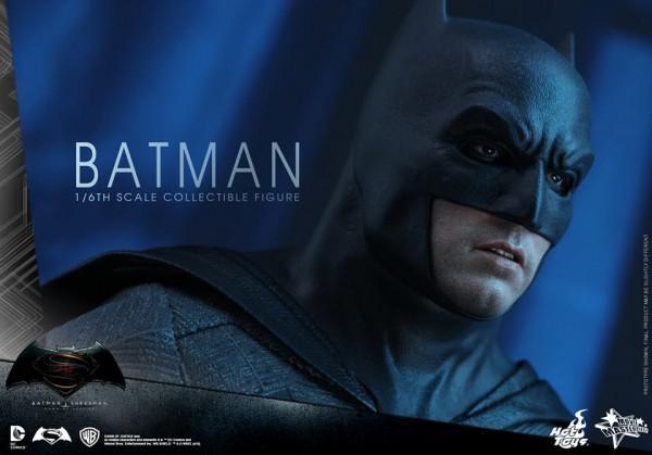 BvS: Dawn of Justice 1/6th scale Batman Collectible Figure