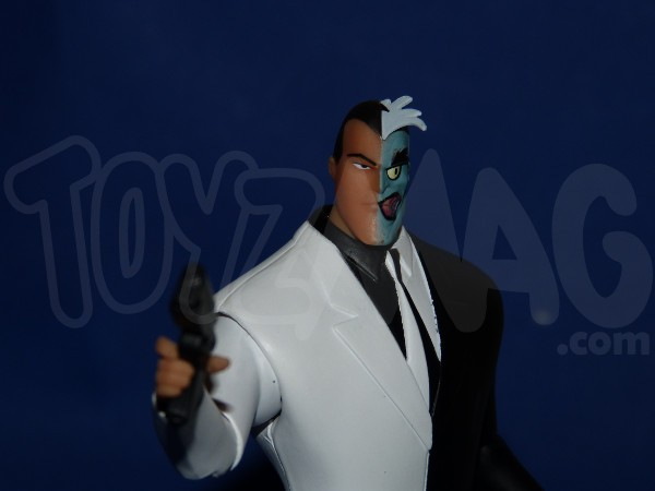 DC-collectibles-batman-animated- 2face-13