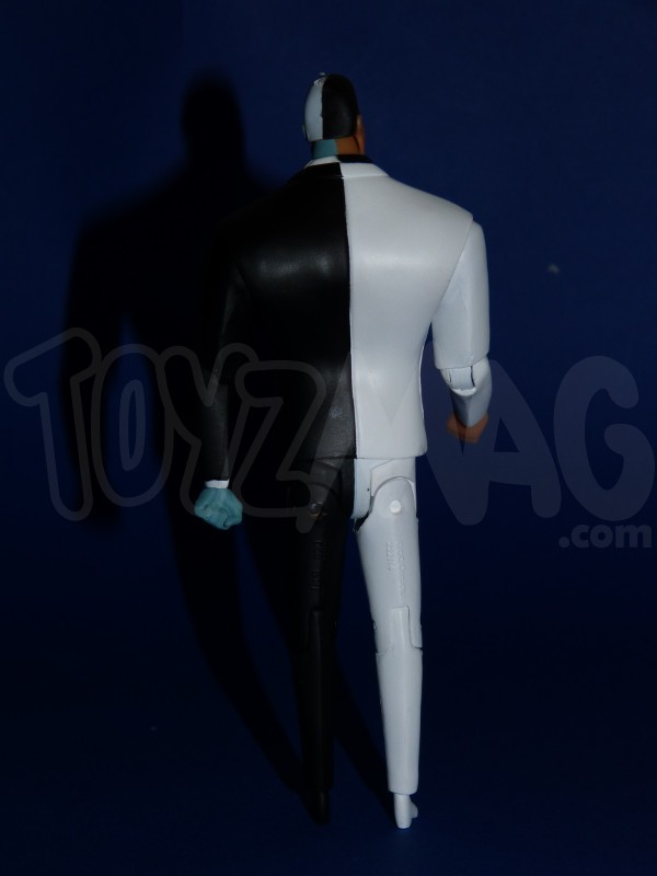 DC-collectibles-batman-animated- 2face-7