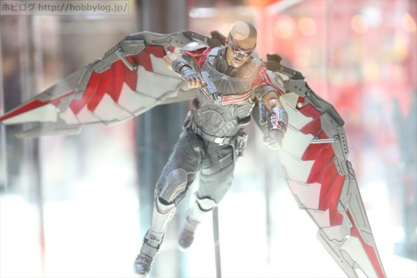 hot toys Civil War falcon