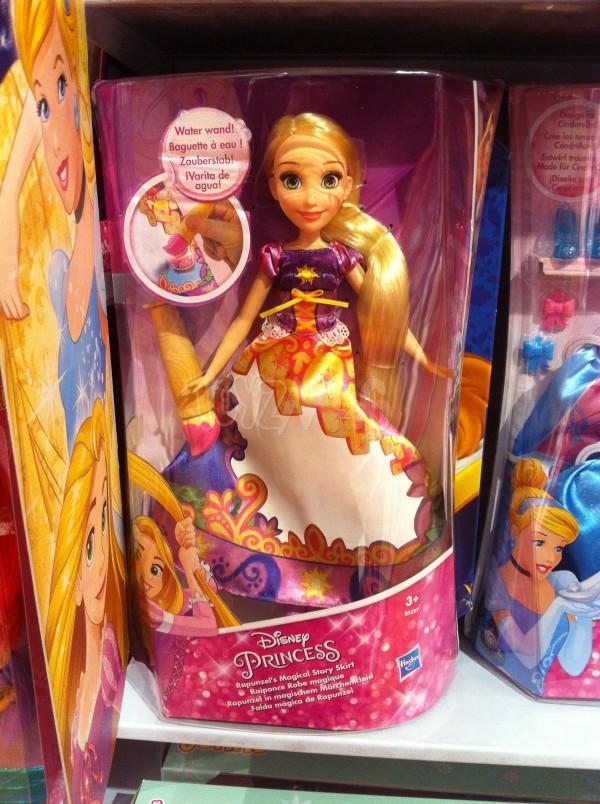 poupée hasbro disney princesse Raiponce