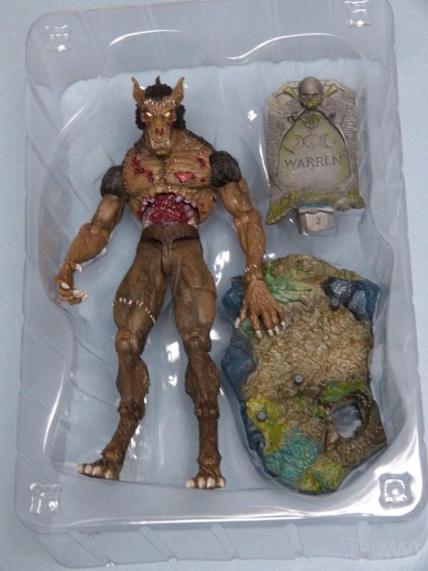 creatureplica-horrorhound-1