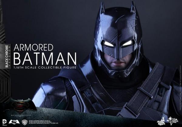 bvp-hottoys-batman-chrome-11