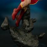 dc-comics-supergirl-premium-format-13