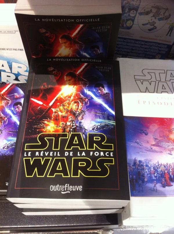 livre et histoire illustré Star Wars reveil de la force
