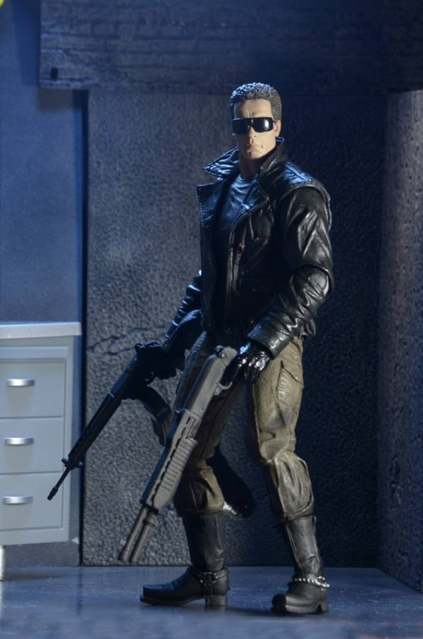 NECA-Ultimate-Police-Station-Assault-T-800-Terminator-5