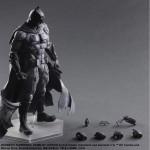 SDCC2016 exclu : Batman Play Arts Kai (Black & White Version)
