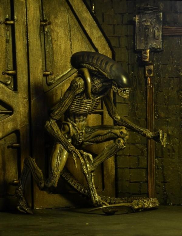 1300x-Alien1--768x996