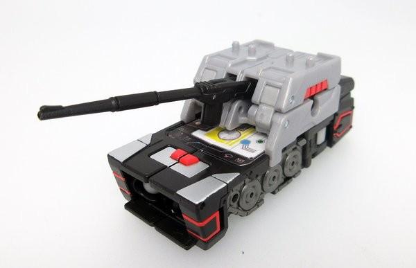 Transformers Legends LG31 Fortress Maximus 25,000Yens