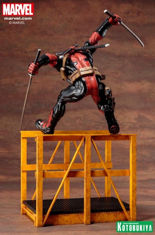 """Super"" Deadpool ARTFX Statue"