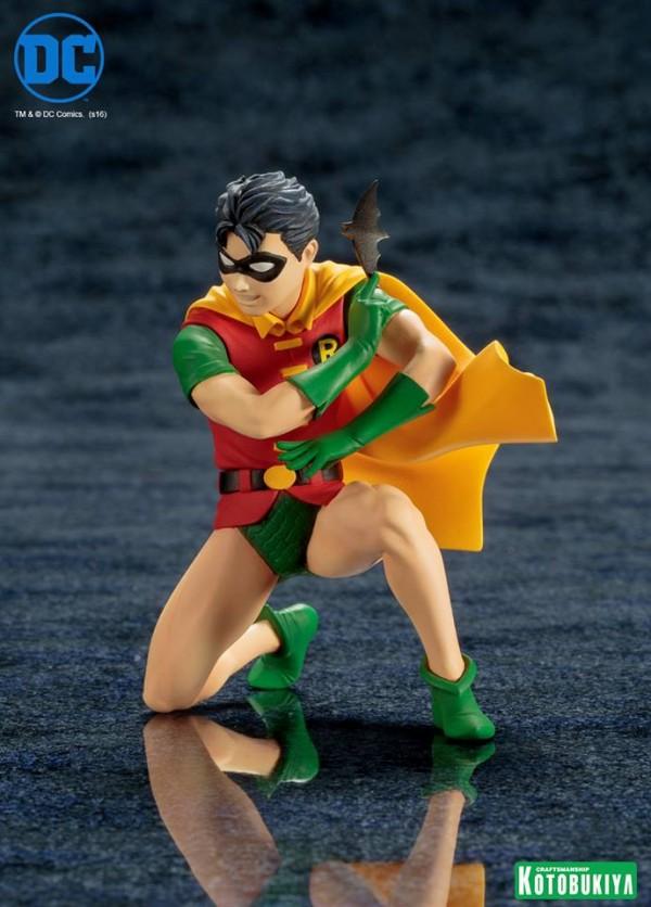 Batman & Robin Two-Pack ARTFX+ Statues.