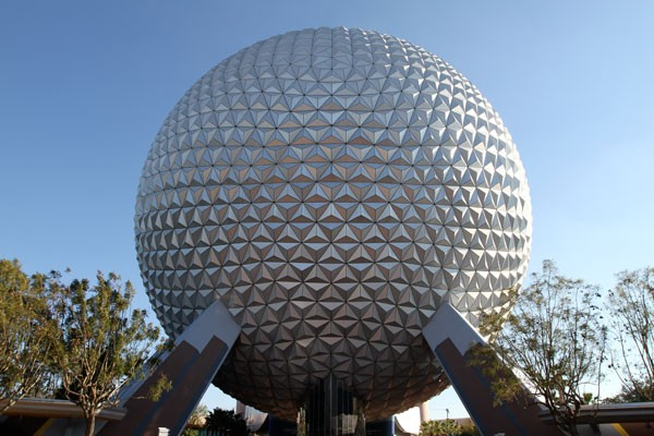 600-spaceship-earth